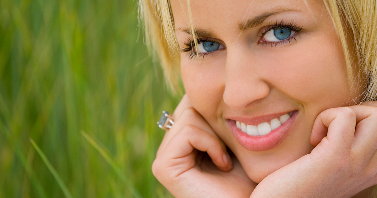 dca-blog_article-04_reasons-to-get-veneers_1200x630
